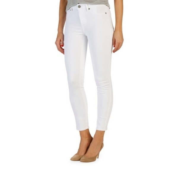 paige verdugo cropped skinny jeans in white (30)